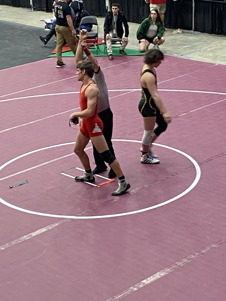 Daidrien Aho over Cook of Pratt in sudden victory 6-4. Will wrestle Meek of Mulvane in match 274 to get to medal round.